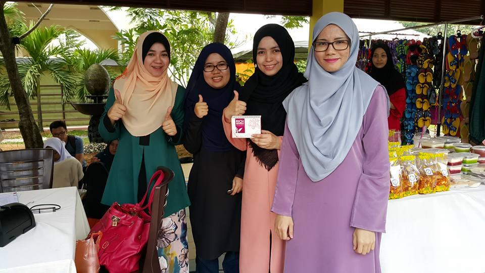 rich berries murah-malaysia-selangor-karnival geng masjid 14